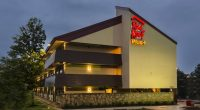 red roof inn willowbrook.jpg